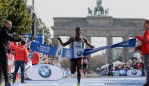 Bekele wins Berlin